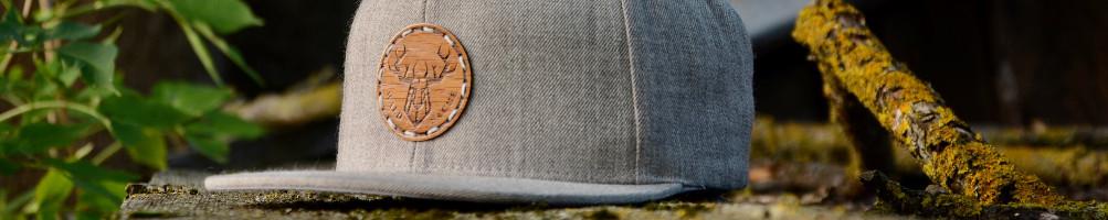 Caps mit Holz oder Kork / In liebervoller Handarbeit gefertigt.